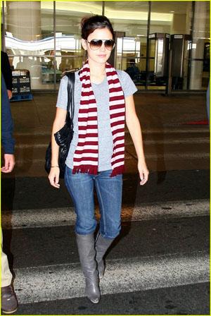 Even Katie Holmes Looks Dumb
